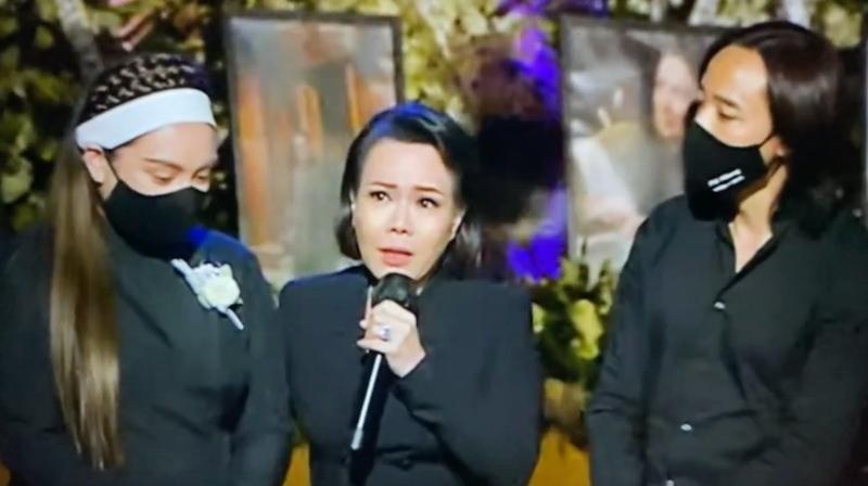 Bất ngờ trong tang lễ Phi Nhung, nghệ sĩ Việt Hương tiết lộ lý do khiến cố danh ca không kịp về Mỹ