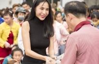Nóng: Bộ Công an muốn mời những người từng nhận tiền từ thiện của Đàm Vĩnh Hưng, Thủy Tiên lên làm việc