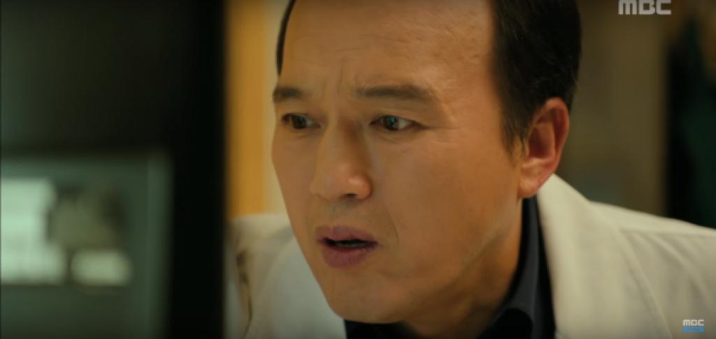 hospital ship cai ket tron ven khien nguoi xem hanh phuc
