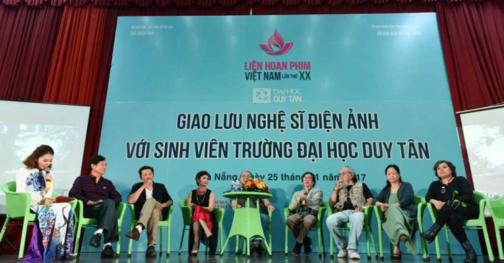 21000 sinh vien dai hoc duy tan ho hoi giao luu voi doan nghe sy dien anh