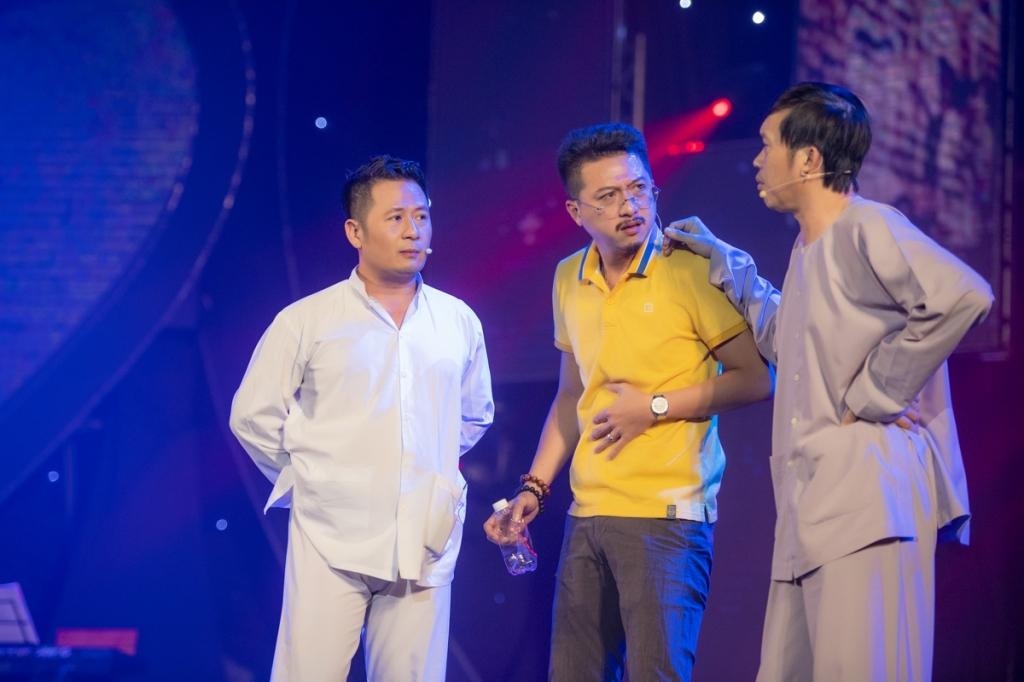 bang kieu thoa uoc mo duoc dien cung danh hai hoai linh trong live show tai ha long