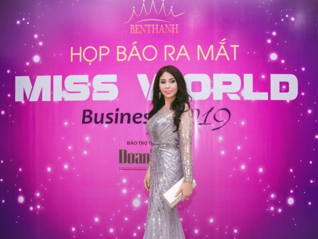 dien vien ly huong lam giam khao cuoc thi miss world business 2019