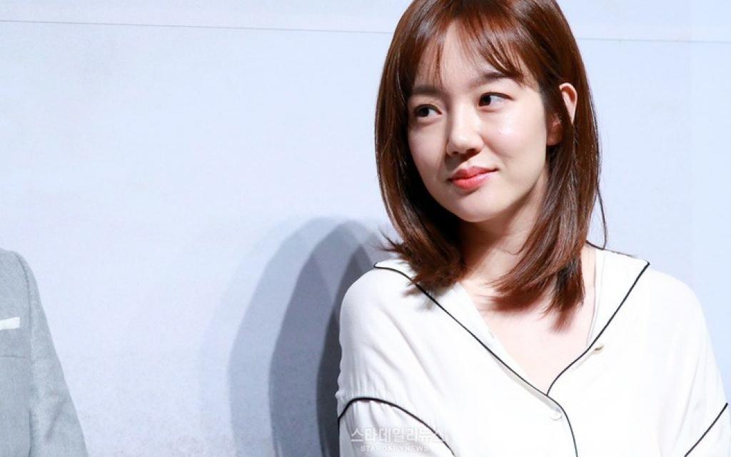 im soo jung ruc rich dong drama thu 3 sau khi ben duyen cung so ji sub va yoo ah in