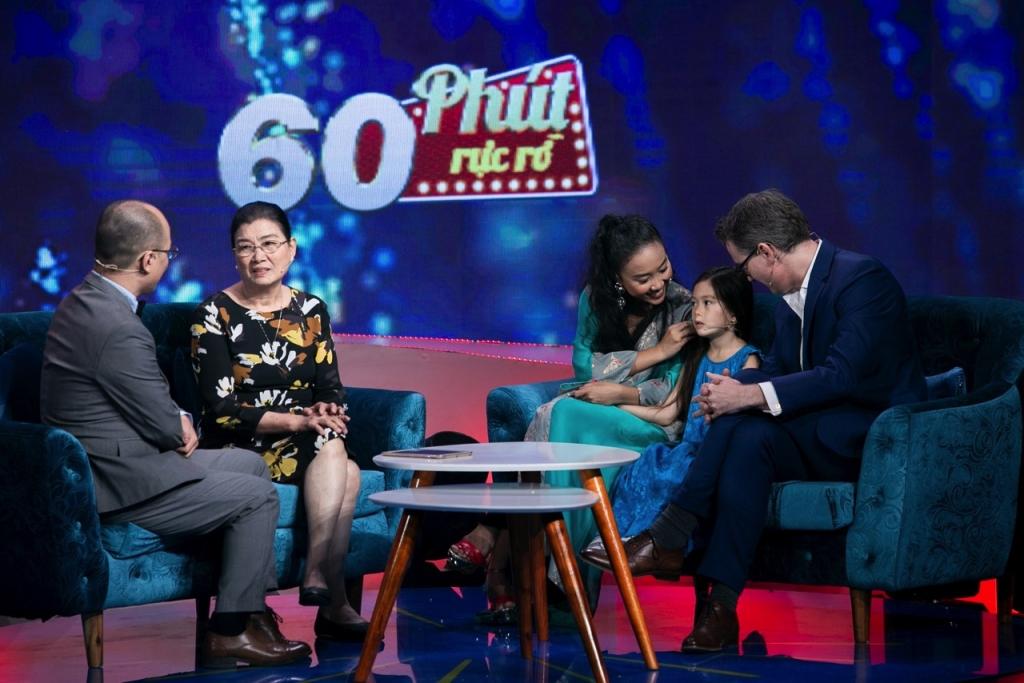 60 phút rực rỡ: Đoan Trang tiết lộ ca khúc 'Khi tôi 20' không đủ 'tầm' để hát