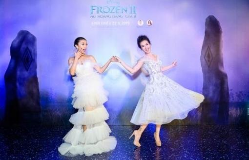 chi em elsa anna viet nam tao dang sieu lay tai hop bao frozen 2