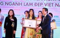 Nhà tạo mẫu Văn Thị Minh Phương làm cố vấn cuộc thi 'VNBA - Beauty Awards 2020'