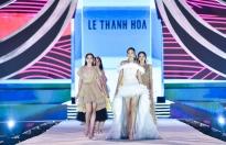Hoa hậu Kỳ Duyên tái xuất đọ catwalk với Hoa hậu Tiểu Vy
