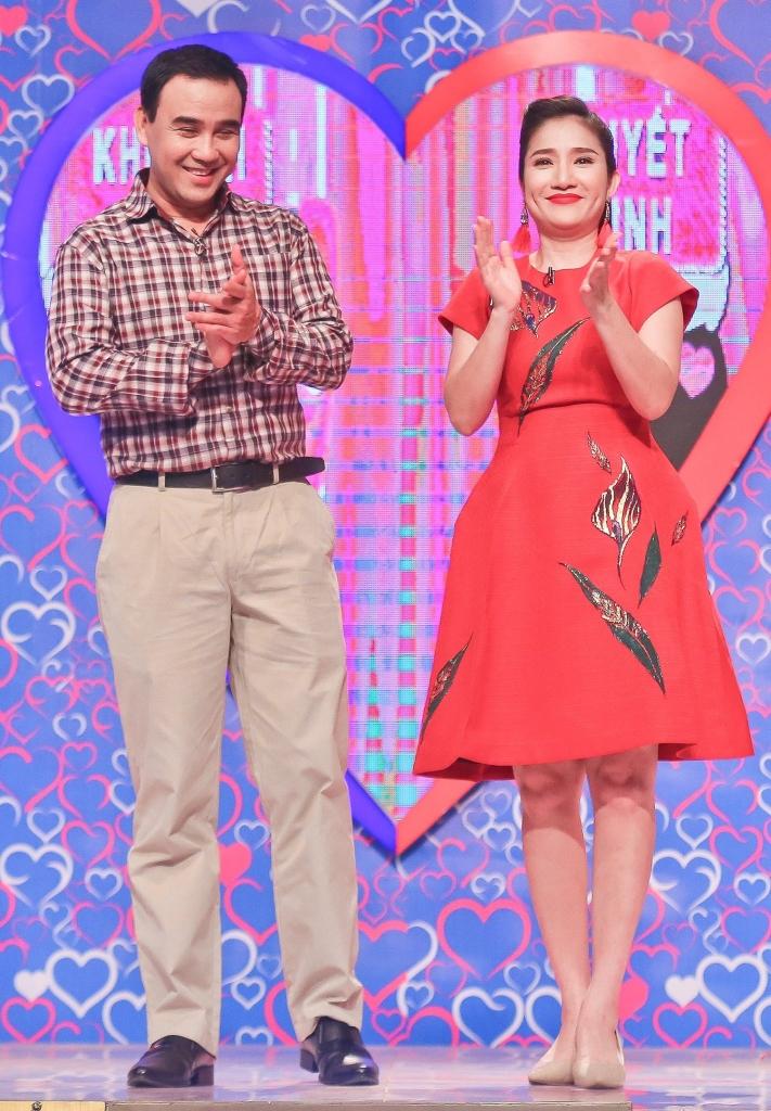 ban muon hen ho cung 2 ong ba mai moi quyen linh cat tuong vao top de cu mai vang 2017
