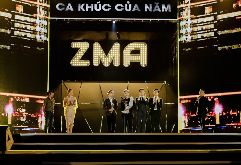 zing music awards 2017 chinh thuc khoi dong