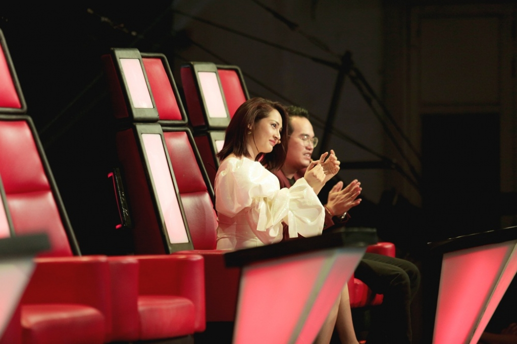 the voice kids team giang ho vuon len dan dau bao toan duoc top 6 sau vong loai cang thang