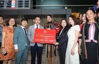 Hoa hậu H'Hen Niê dành 100% tiền thưởng 'nóng' làm từ thiện sau khi trở về từ 'Miss Universe 2018'
