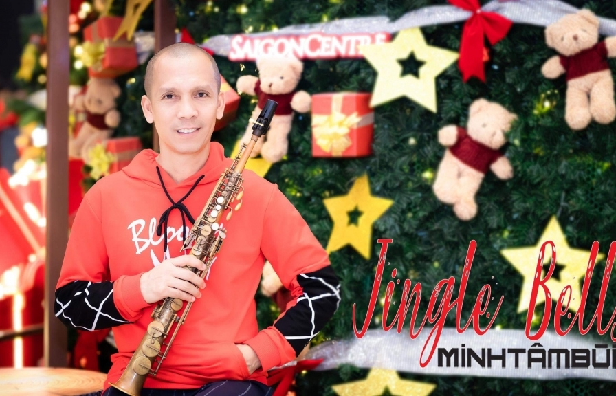 saxophone minh tam bui va ban hoa tau jingle bells