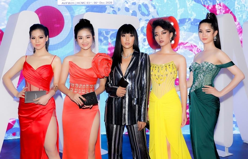 Top 5 'Miss Tourism Vietnam 2020' tham dự Tuần lễ thời trang quốc tế
