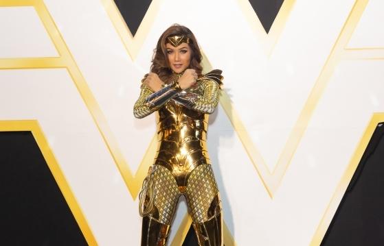 Hoa hậu H'Hen Niê hóa thân thành Wonder Woman