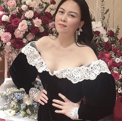 Tổng hợp sao Việt tuần qua: Người khoe ảnh tình mới, người 'ngôn tình' sến súa