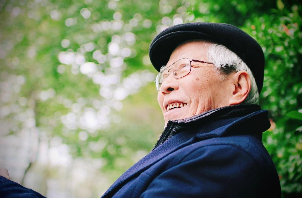 Mọi người đều mỉm cười và nhớ mãi hình ảnh này của ông - vĩnh biệt Đạo diễn, NSND Ngô Mạnh Lân
