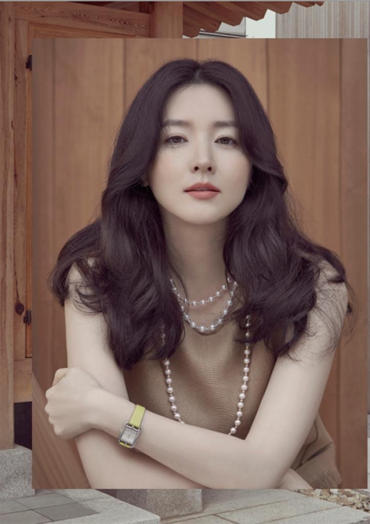 Song Joong Ki đánh bại Jun Ji Hyun trở thành ông hoàng