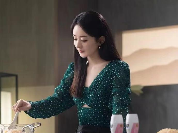 'Nhà hàng Trung Hoa' mùa 5 chính thức khởi động: Triệu Lệ Dĩnh và Huỳnh Hiểu Minh tiếp tục làm thành viên cố định, Cung Tuấn lần đầu nhập hội