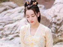 Địch Lệ Nhiệt Ba xinh xắn trong loạt tạo hình khác lạ tại phim trường 'An Lạc Truyện'
