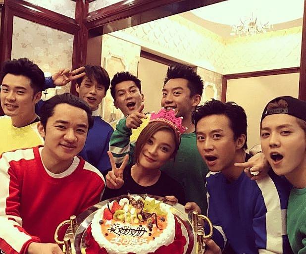 'HaHaHaHaHa' mùa 2 lộ diện đội hình mới: Thành viên 'Keep Running' cùng góp mặt