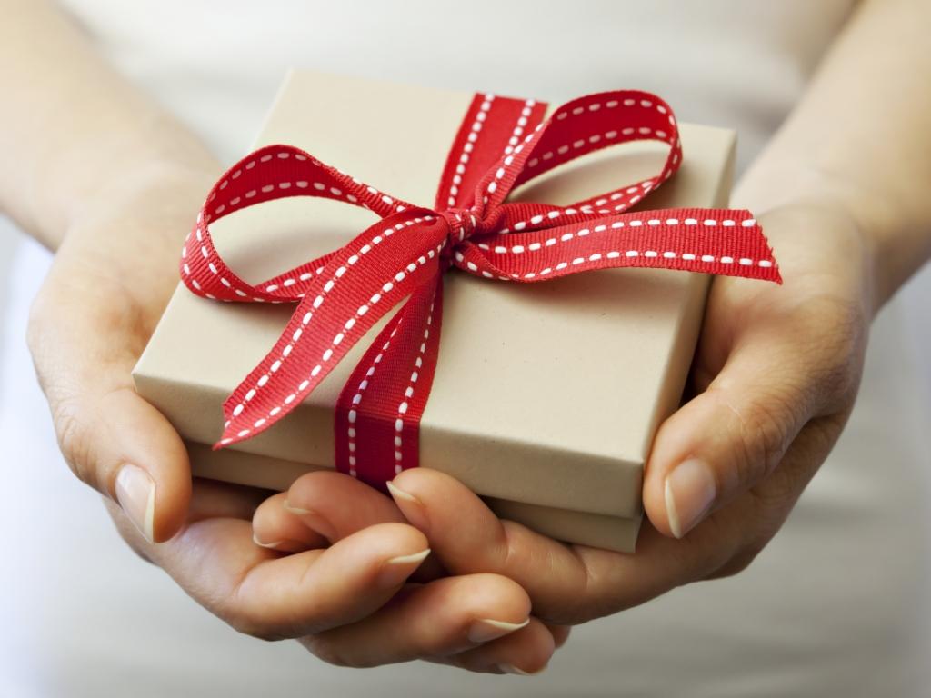 Tặng quà thế nào cho hợp?