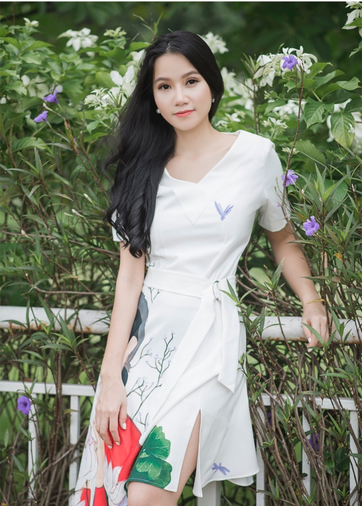 luong giang chuyen cua co hoa sy me dien anh