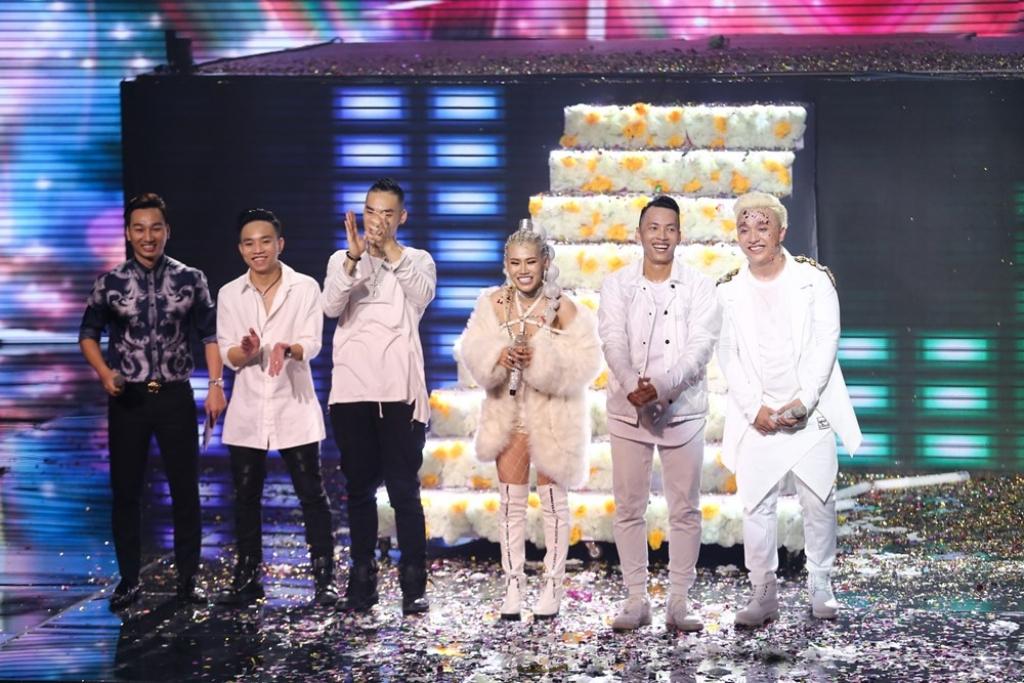 huong giang idol hoa nu than mat troi chien thang trong dem nhac latin remix new generation