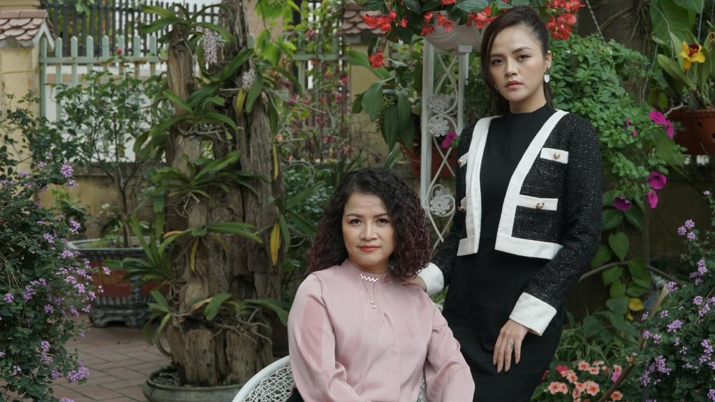 Mạnh Trường – Phương Oanh hứa hẹn 'gây sốt' khiến fan đổ rần trong 'Hương vị tình thân'