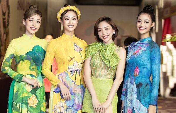 luong thuy linh cung dan a hau trinh dien voi nhac cu dan toc
