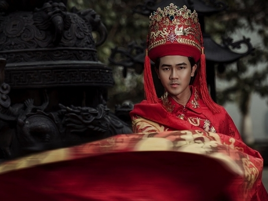 nguyen luan mang quoc phuc dam net lac hong den mister universe tourism 2019
