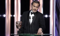 joaquin phoenix rebel wilson than van ve giai bafta