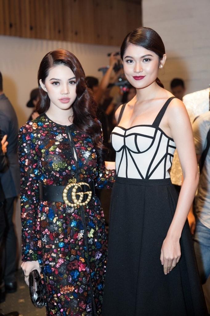 jolie nguyen toa sang tren tham do elle style awards