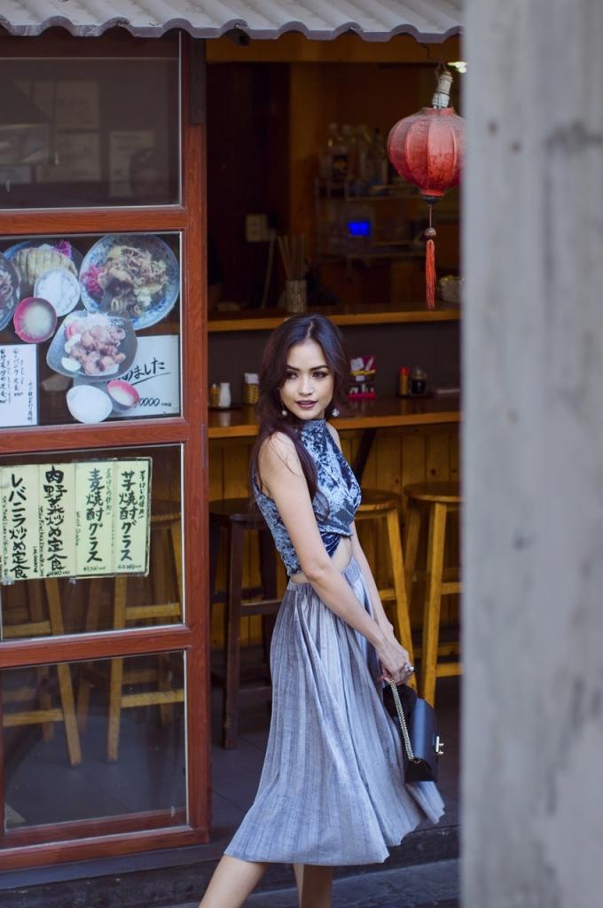 quan quan vietnams next top model ngoc chau khoe chan dai 1m12
