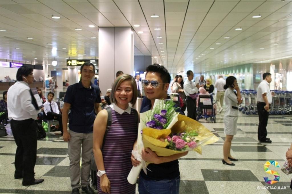 bang kieu duoc sinh vien chao don nong nhiet tai singapore 11403