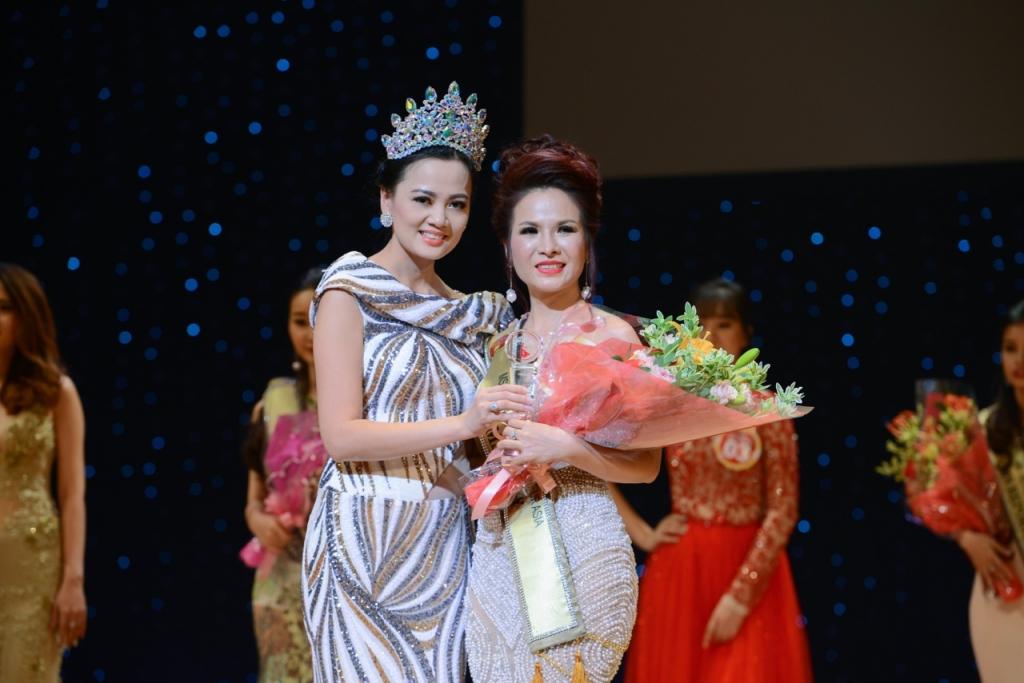 khoi dong cuoc thi hoa hau doanh nhan nguoi viet chau a 2017