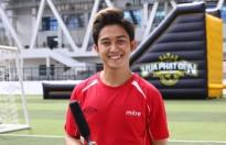 Ca sĩ Trương Quốc Bảo để vuột mất giải thưởng vào tay nghệ sĩ đá bóng đường phố