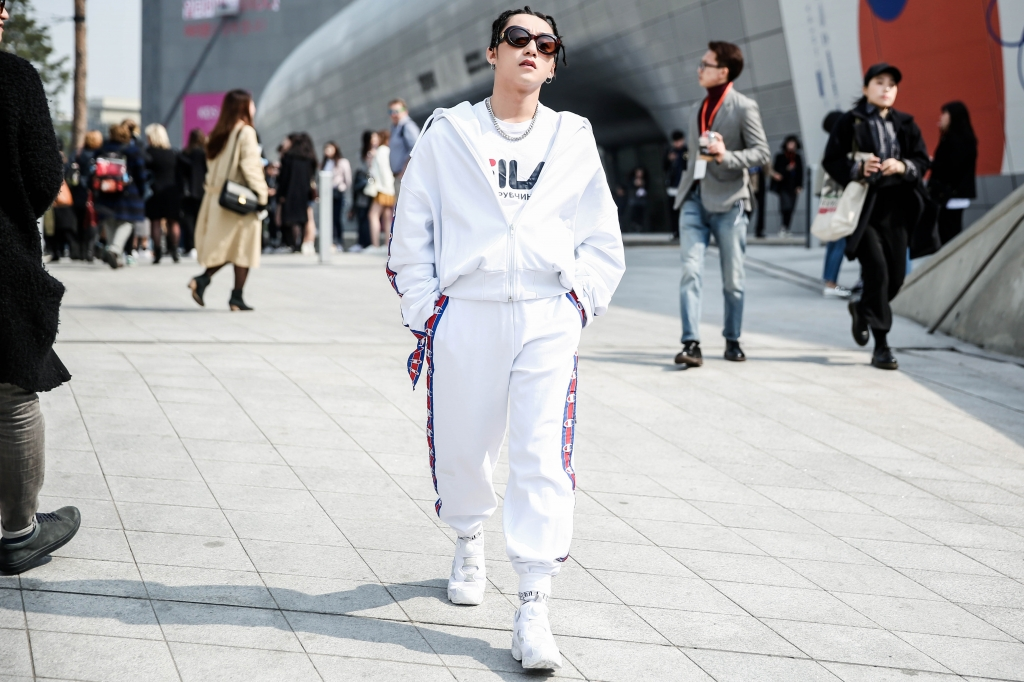 son tung m tp tiep tuc khuay dao seoul fashion week