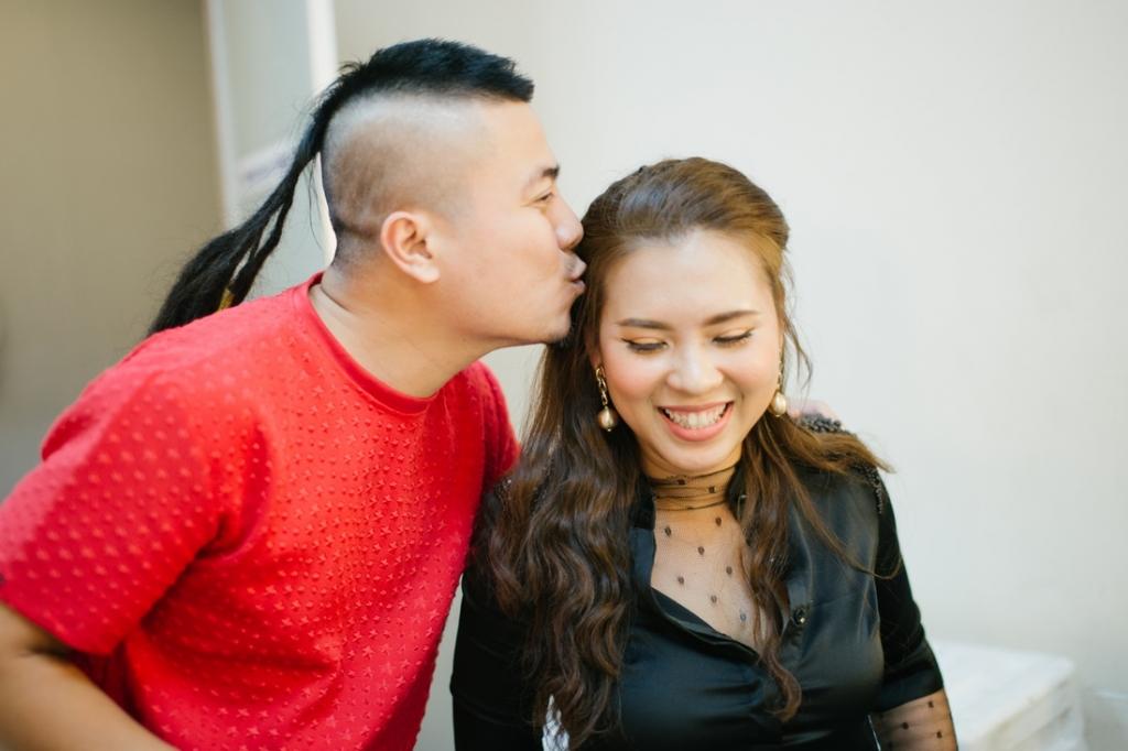 vo chong dao dien dj huynh phuc thanh nhan hanh phuc phia sau hau truong