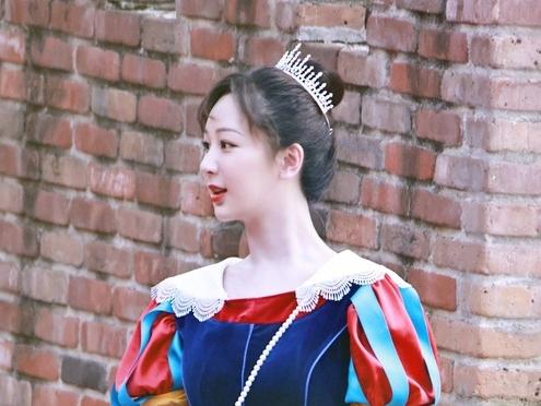 Dương Tử có thể làm nàng Bạch Tuyết bản gốc phải 'khóc thét' vì quá xinh?