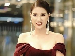 Cựu người mẫu Trang Trần mắc Covid-19, đang nhập viện điều trị