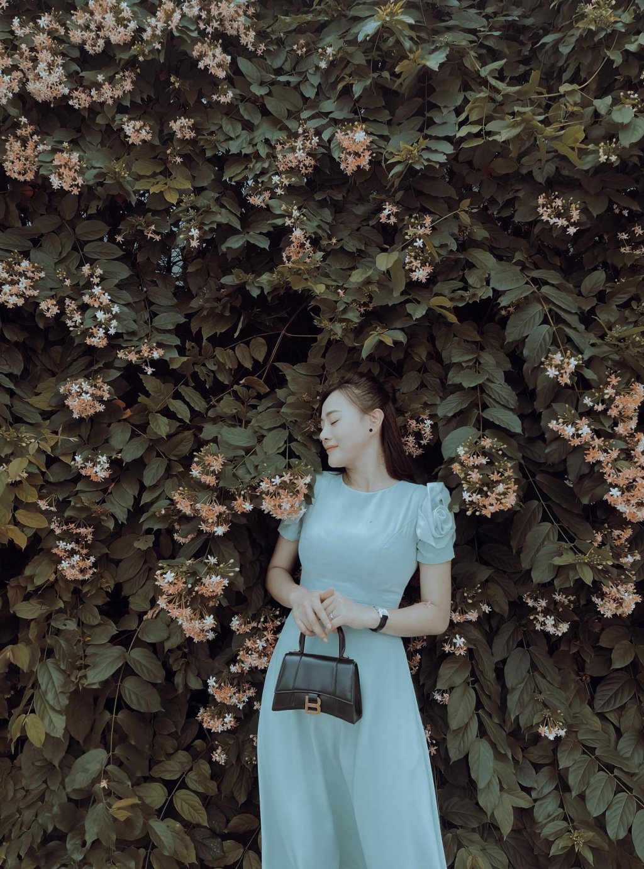 'Hương vị tình thân': Làm vợ shark Long, gu thời trang của Nam dù thay đổi vẫn bị ném đá vì quá 'phèn'