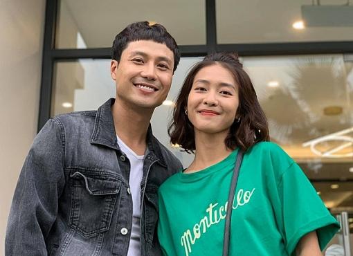 Thanh Sơn khẳng định với Khả Ngân rằng: 'chỉ tập trung vào em' trên livestream, dân tính rần rần đòi hai anh chị mau yêu thôi