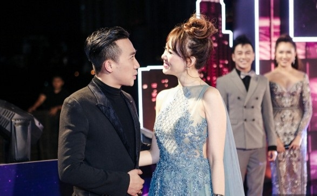 dan sao viet long lay khoe sac tren tham do zing music awards 2016