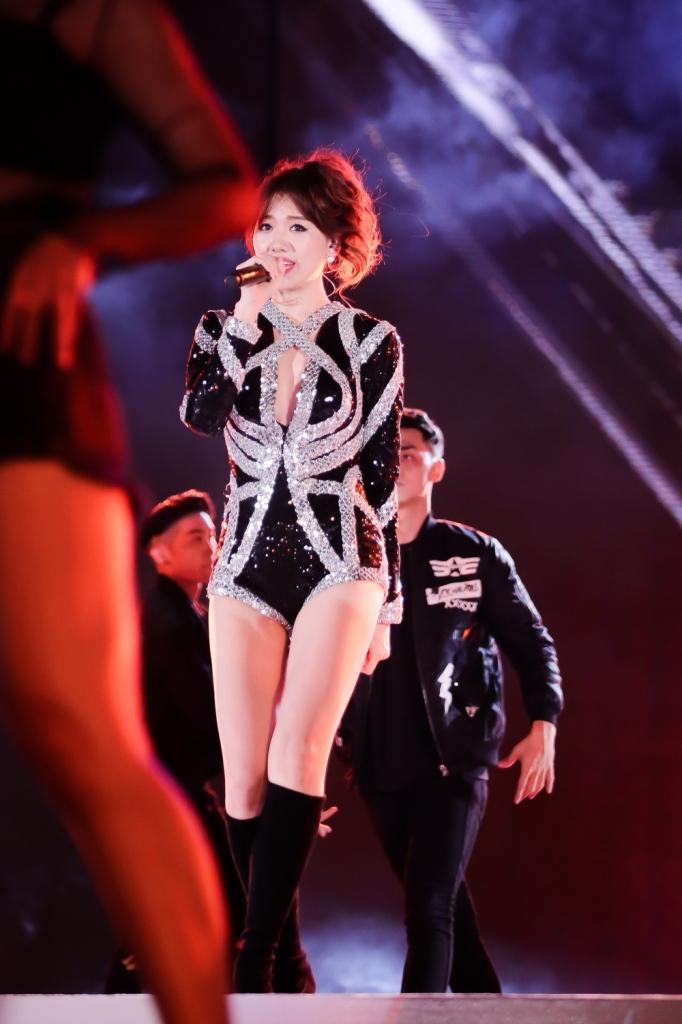 hari won hanh phuc nhan cu dup giai thuong am nhac dau tien