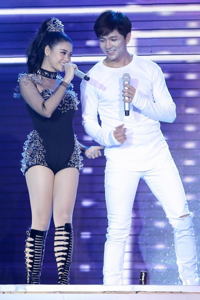 the remix huong giang chuyen gioi dung su quyen ru ha guc tim