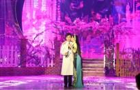 Phi Nhung hôn Mạnh Quỳnh trên sóng truyền hình trực tiếp