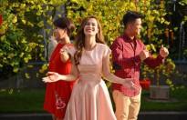 Đông Nhi: 'Chưa lấy chồng nên 29 tuổi tôi vẫn được bố mẹ lì xì'