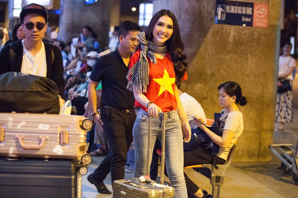 tuong linh dien ao co to quoc tu tin tro ve sau thanh tich top 18 miss intercontinental 2017