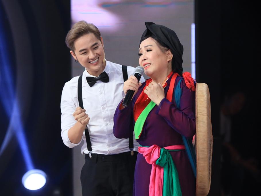 'Ký ức vui vẻ': NSND Thu Hiền gọi Thanh Duy là 'thần tượng' của mình