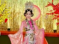 Trịnh Kim Chi hé lộ hình ảnh lộng lẫy khi hóa thân vào vai Thiên Hậu trong 'Táo quân' của HTV9